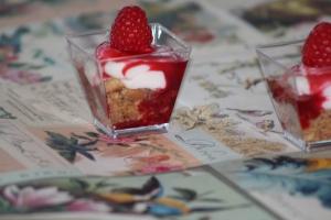 Two-bite Raspberry Cheesecakes